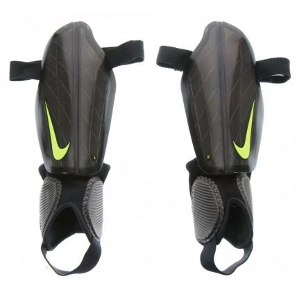 Espinilleras Nike Attack...