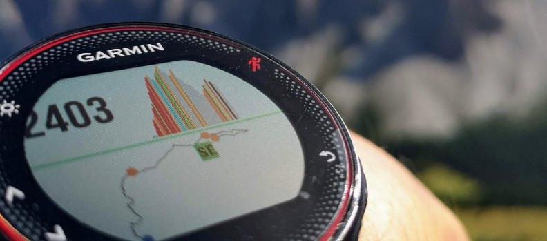 Relojes, pulseras inteligentes y GPS de montaña